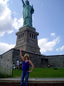 Amanda in front of Statue of Liberty